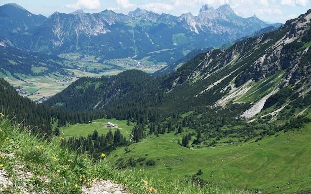 Vom Zirlseck Blick Tannheimer Tal mit dem Gimpel