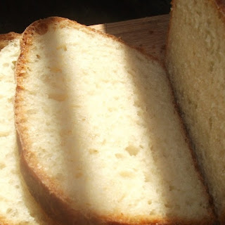 The Absolute Easiest Bread Ever - No-Knead White Bread That Fits Your Schedule.