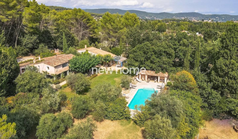 House with pool Flayosc