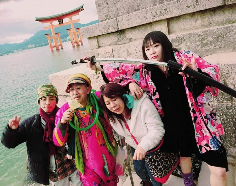 宮島で観光客の人目を惹いただけでなく奇遇な引き寄せ・出会いも。