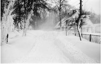 Photo: Winter 1978/9 - Garz am Friedhof Straße nach Rosengarten