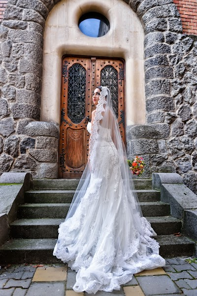 Wedding photographer Vlad Axente (vladaxente). Photo of 02.08.2016