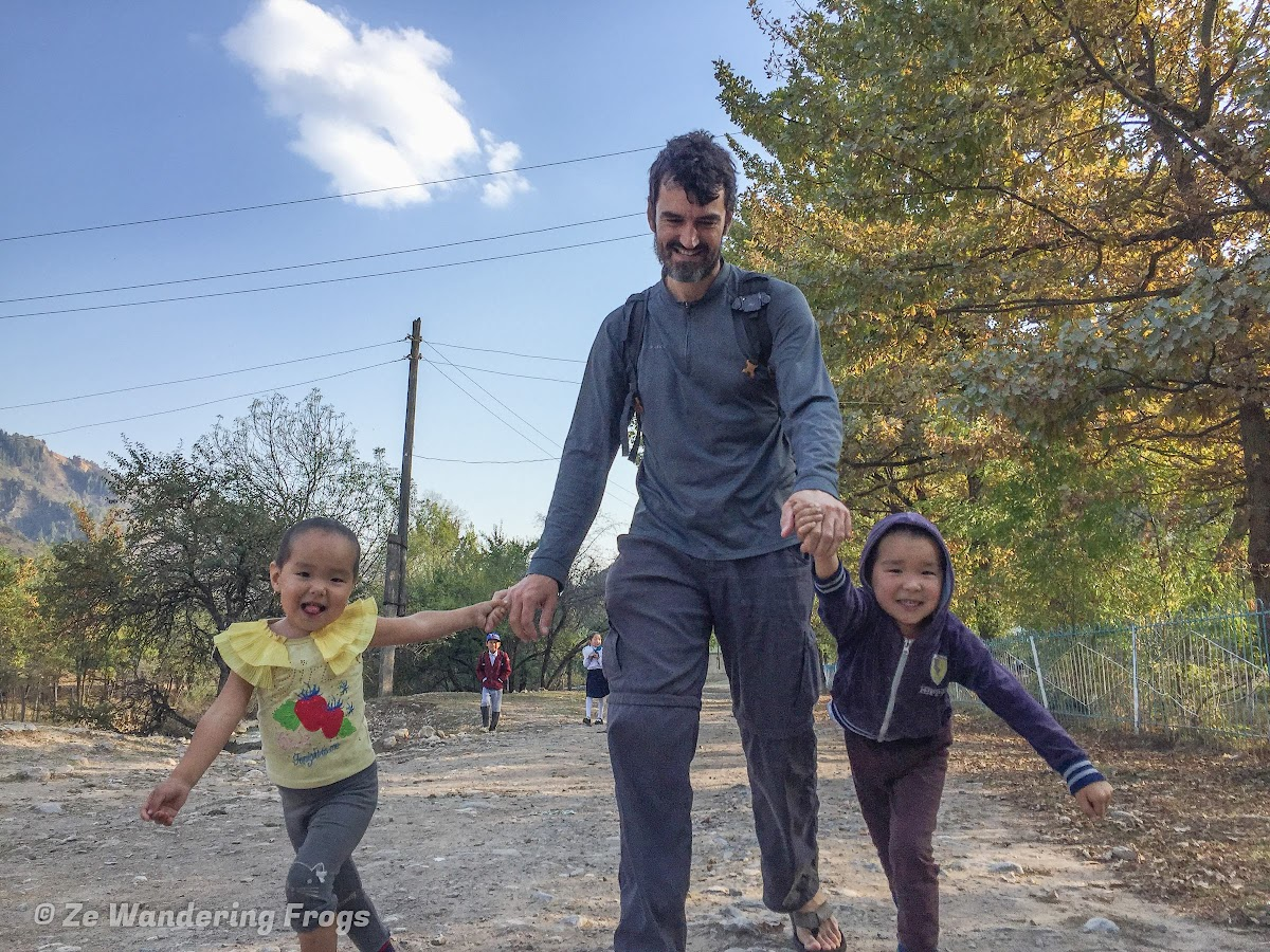 Kyrgyzstan Trekking: Guide to Sary-Chelek in the Tian Shan Mountains // Play time with Kamilla's younger children