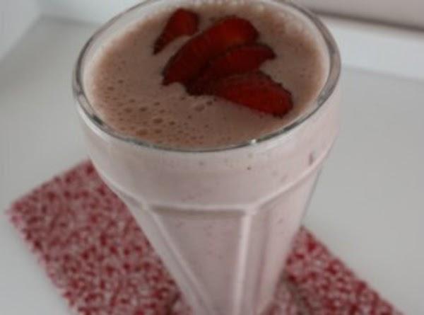 Strawberry Cheesecake Milkshake Recipe