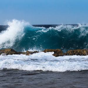East shore Bonaire wave.jpg