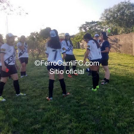 Ferro Carril 2 - Sud América 0: comenzó ganando la máquina en fútbol femenino