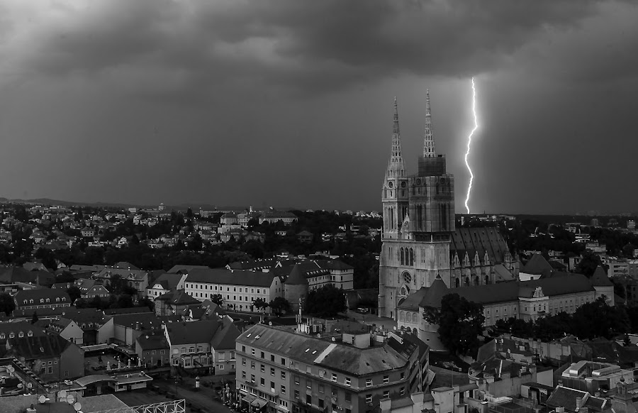 Lightning by Iva Marinić - Black & White Buildings & Architecture ( lightning, panorama, weather, cityscape, black and white, cathedral, photography,  )