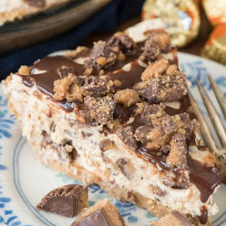 No Bake Peanut Butter Cup Pie