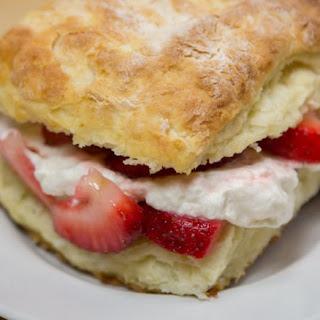 Strawberry Shortcakes Are the Perfect Easy Summer Dessert Recipe