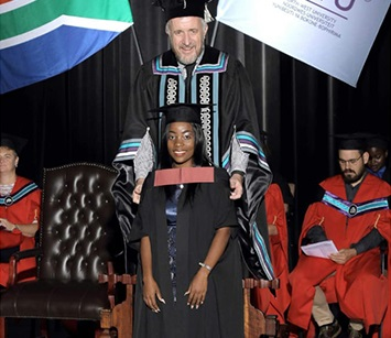 Tebogo Matshele Monogo obtained her first degree at the NWU in 2019.