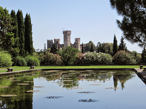 Photo: Parco Giardino Sigurta - Lake Garda  #lagodigarda  #castle  #italy   http://www.gardafriends.com/parco-giardino-sigurta-gardameer-tuinen/