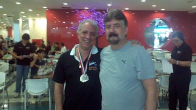 Photo: Márcio Gontijo (PRATA no All Events 2.ª divisão masculina,média 197,10) com Décio Abreu
