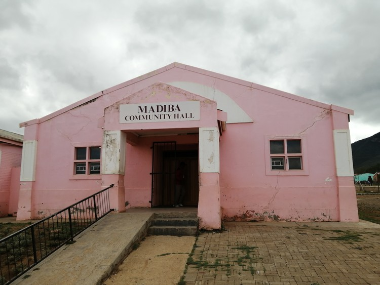 Donors have come to the rescue of the Blue Crane Route Local Municipality to repair the Madiba Community Hall.
