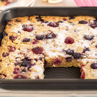 Raspberry And Blueberry Oaty Breakfast Bars.