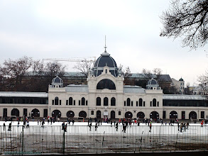 Photo: hungary, travel, city, park, skating, rink, budapest