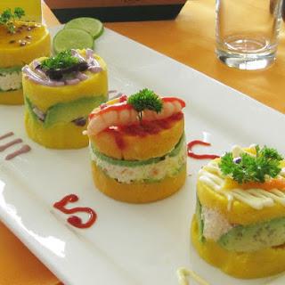 (Peruvian layered potato dish).