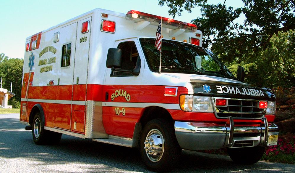 Kết quả hình ảnh cho car ambulance