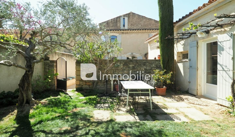Villa avec piscine et terrasse Mouriès