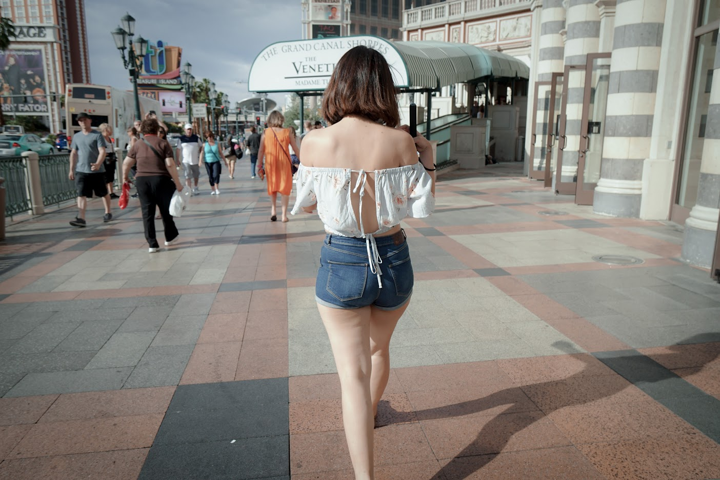 Las Vegas Backless