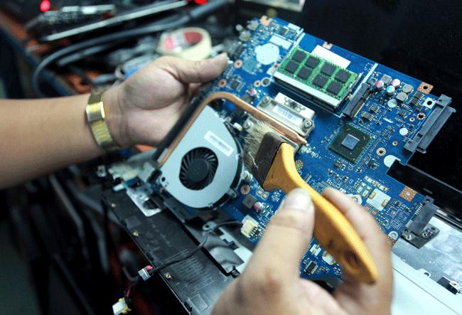 Cách khắc phục tình trạng laptop bị nóng tại nhà