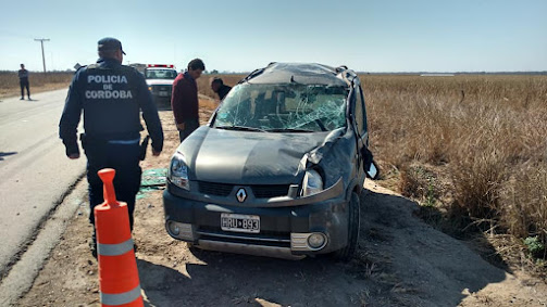 ACCIDENTE EN RUTA 10 CAMINO A PUNTA DEL AGUA
