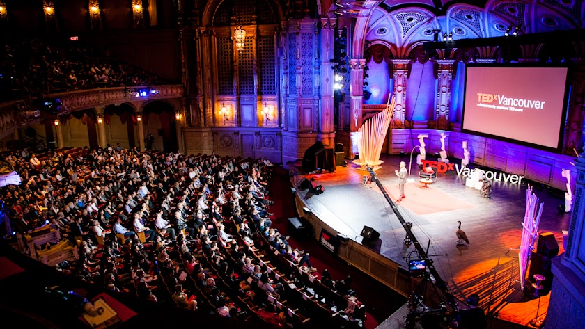 Impactante imagen de TEDxVancouver, ciudad donde ahora tiene sede esta organización sin ánimo de lucro.