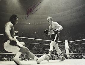 Photo: A Luta real que inspirou Rocky: Wepner derruba Ali