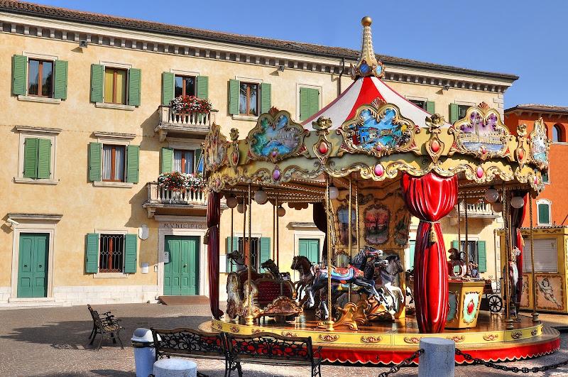 La Piazza delle Fiabe di Paolo Scabbia