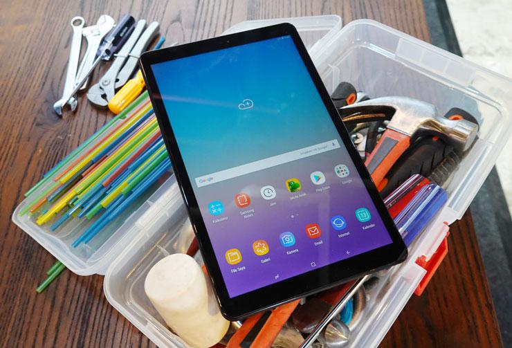 Desain Samsung Galaxy Tab A 10.5 tampilan depannya hanya untuk layar dan tanpa tombol fisik. Foto: Dicky