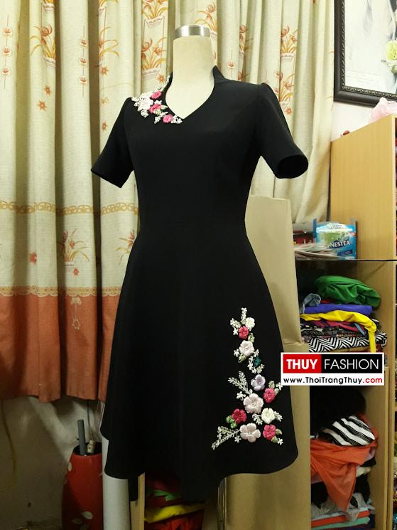 Váy hoa ruy băng với dáng váy xòe V371 thời trang thủy