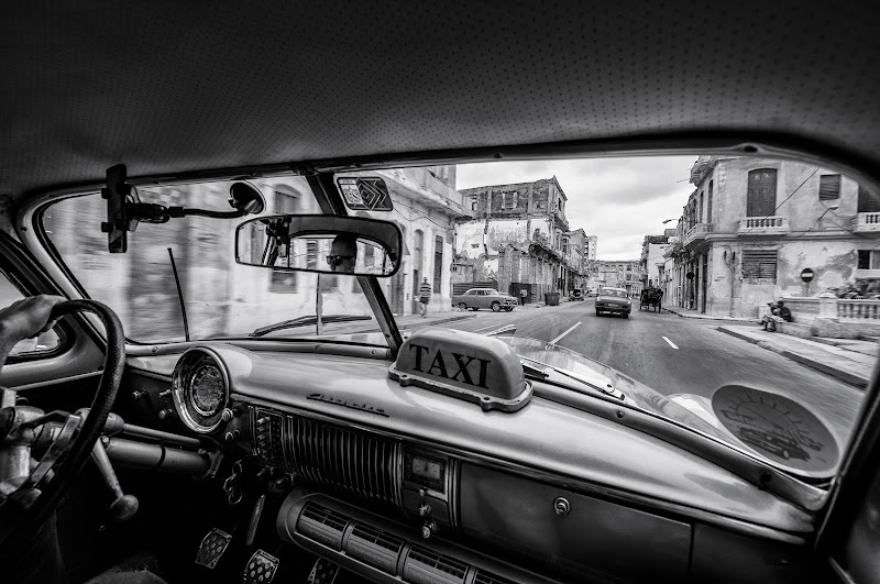 Riding the cuban streets di Marco Tagliarino