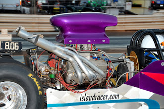 Photo: That's right, folks, it's islandracer.com!