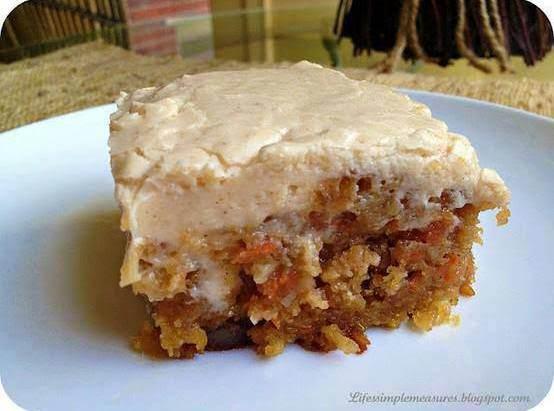Gooey Cinnamon Carrot Cake_image