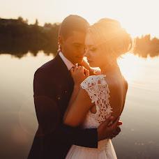 Wedding photographer Artem Goncharov (odinmig). Photo of 18.02.2018