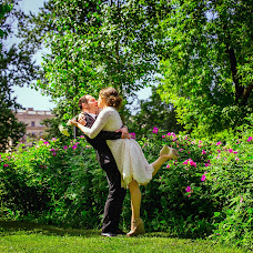 Wedding photographer Yuliya Kostuseva (artprostranstvo). Photo of 22.07.2016