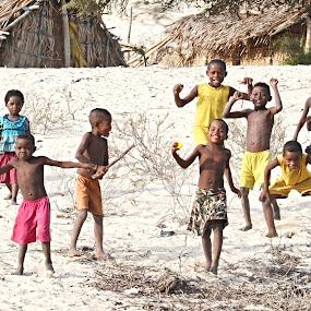 It is so easy to be happy. by Marcel Cintalan - Babies & Children Children Candids ( enjoyment, children, happiness, beach, smile, running, madagascar,  )