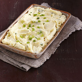 Cheesy Herb & Garlic Make-Ahead Mashed Potatoes