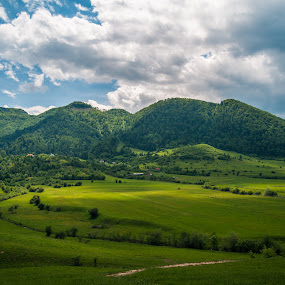 Tohanita, Zarnesti, BV by Mihai Bratu - Landscapes Prairies, Meadows & Fields ( lights, field, sky, green, landscape )