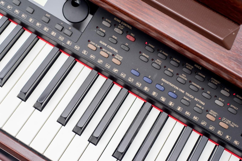 Yamaha clavinova cvp 103 digital full piano 88 key for Yamaha keyboard 88 keys weighted