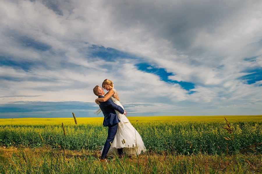Wedding photographer Marcin Karpowicz (bdfkphotography). Photo of 02.08.2017