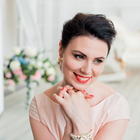 Wedding photographer Varya Kryuchkova (varyakryu). Photo of 01.03.2018