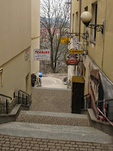 Photo: Klimat restauracji U Szwejka nas nie pociąga więc schodzimy na autobus do Zagórza.