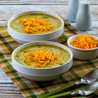 Cheesy Low-Carb Broccoli and Cauliflower Soup