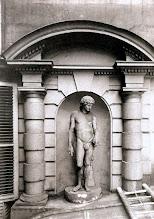 Photo: Hôtel du cardinal Dubois, 10 rue de Valois ( 1 arr), 1913 .- EUGÈNE ATGET