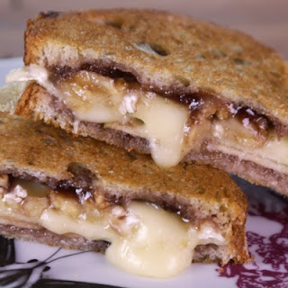 Grilled Brie with Apples & Jam.