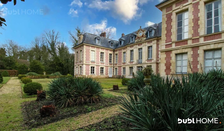 Château classé monument historique Villiers-le-Bâcle