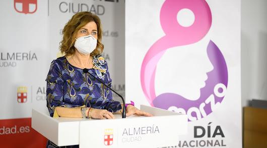 Almería homenajea a ocho mujeres