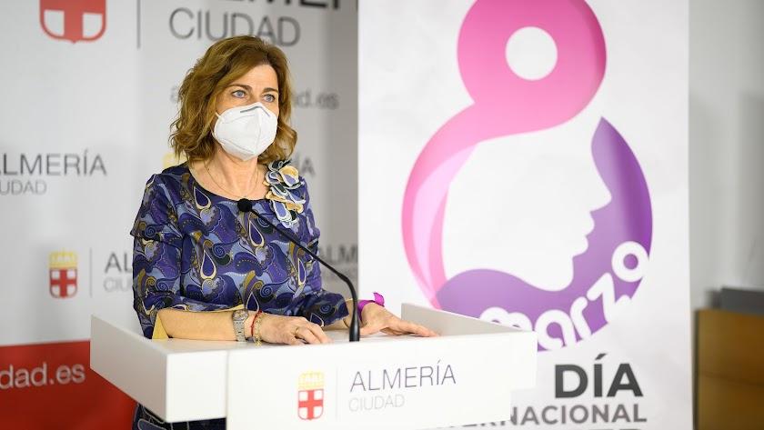 Paola Laynez, concejal de Familia, Igualdad y Participación Ciudadana del Ayuntamiento de Almería.