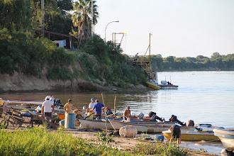 Photo: mañana de sábado atareada en la bajada de los pescadores