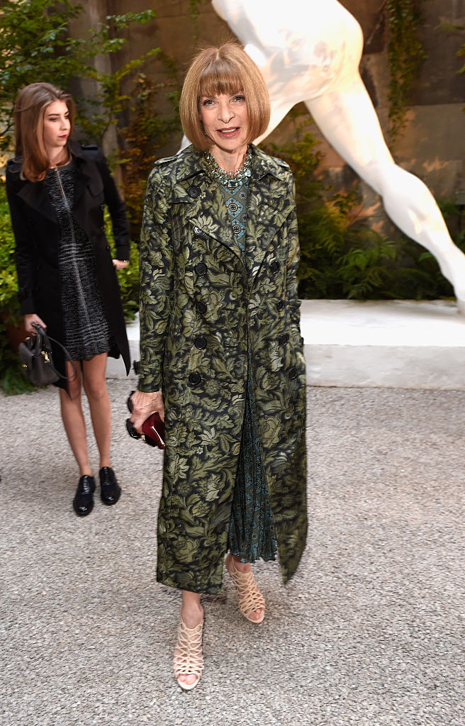 Anna Wintour wears Burberry at the Burberry September 2016 show during London Fashion Week SS17 at Makers House in September 2016 in London